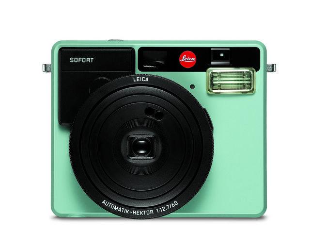 品質にこだわるカメラで有名なライカカメラ社から、初のインスタントカメラが販売されることになりました。その名は「Leica-Sofort(ライカ ゾフォート)」。ライカの写真撮影の知識や使い勝手のよさ、優れたクオリティが、インスタントカメラで楽しめるんです。1