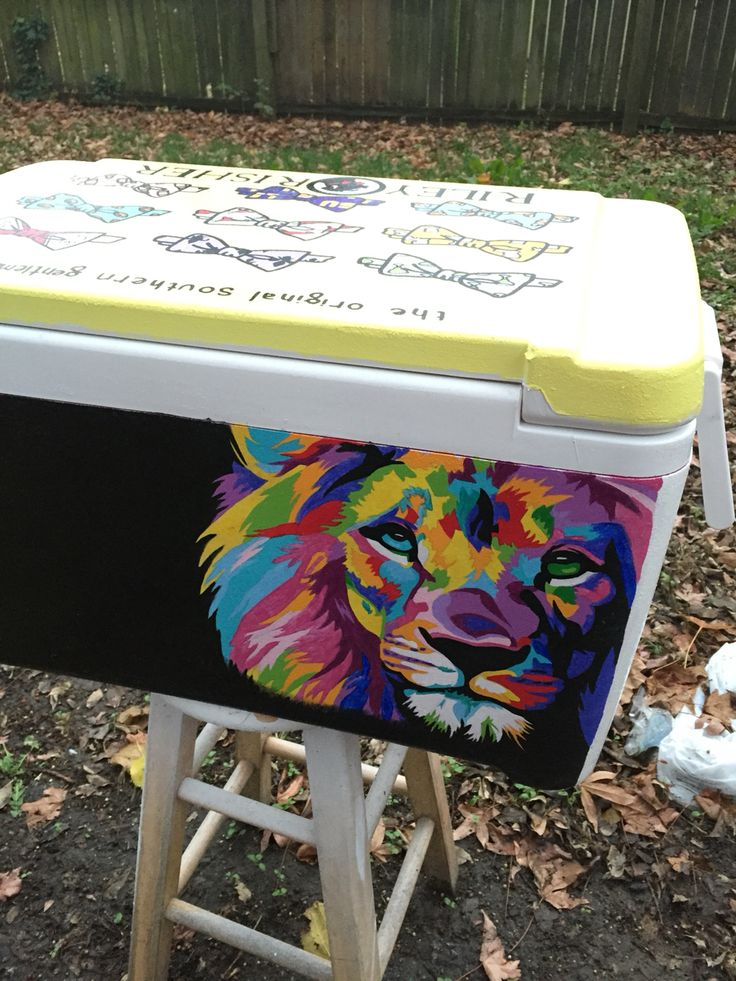 Lion painted cooler