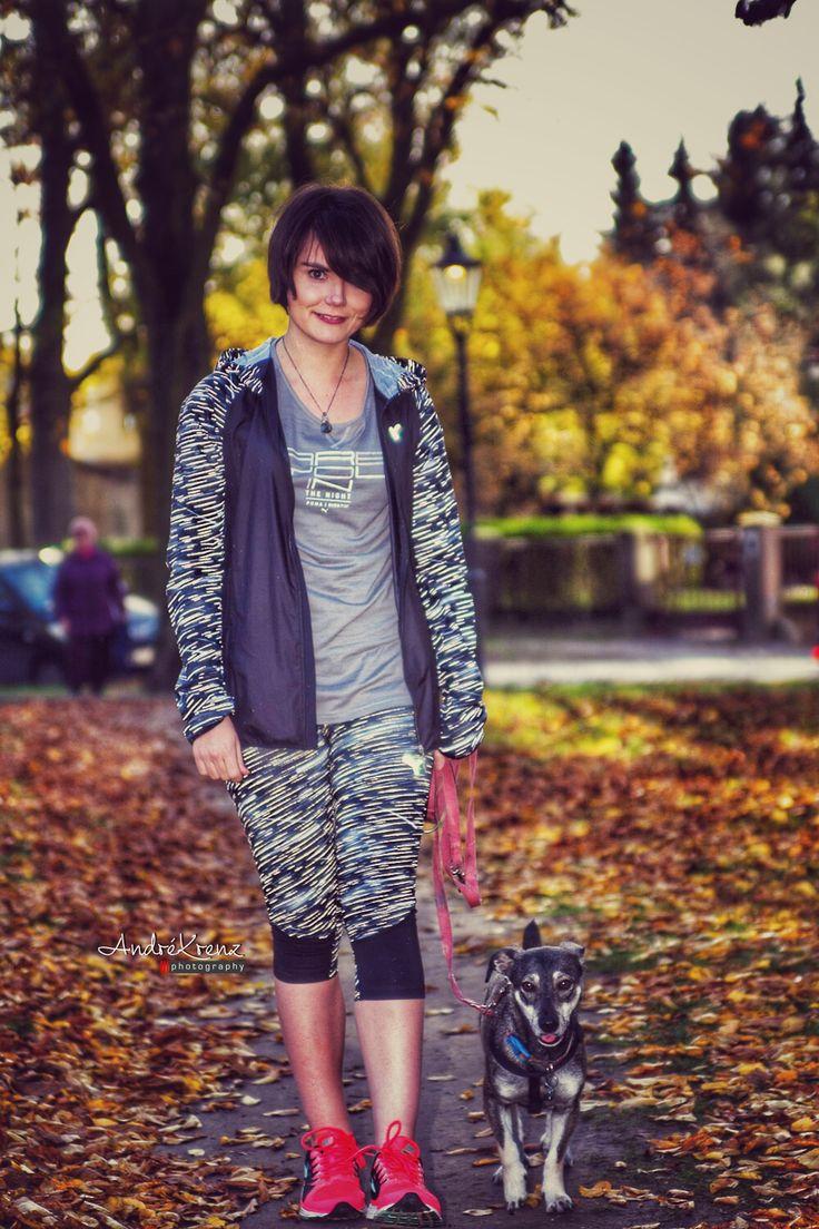 Joggen mit Hund - wie läuft es bei uns? #fitauf6Beinen #puma #laufen #joggen #hunde #hund #hundeliebe #fitness #hundeblogger #hundeblog #welpen #mischling #hundeblick #sport #mit #hund
