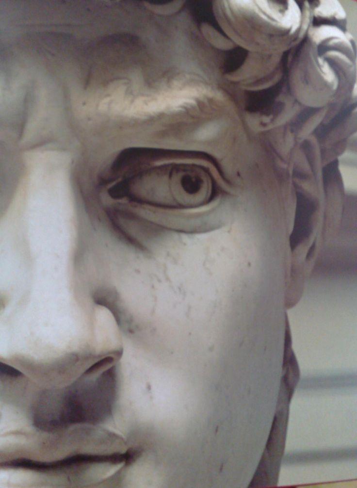 06/05 - do ano de 1475 nasceu Michelangelo di Lodovico Buonarroti Simon, pintor, escultor, poeta e arquiteto italiano, considerado um dos maiores criadores da história da arte do ocidente.  Nossa homenagem a um dos grandes mestres em agradecimento à formidável experiência do belo, do trágico e do sublime que nos ofereceu.
