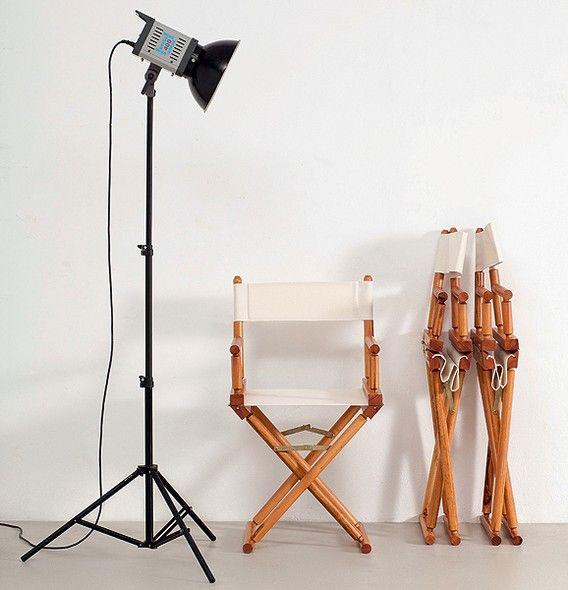 Leve e dobrável. Napoleão Bonaparte encontrou o assento ideal para acompanhar batalhas no século 18. Mas a cadeira com estrutura de hastes em forma de X se popularizou em 1932, com a criação do arquiteto dinamarquês Mogens Koch