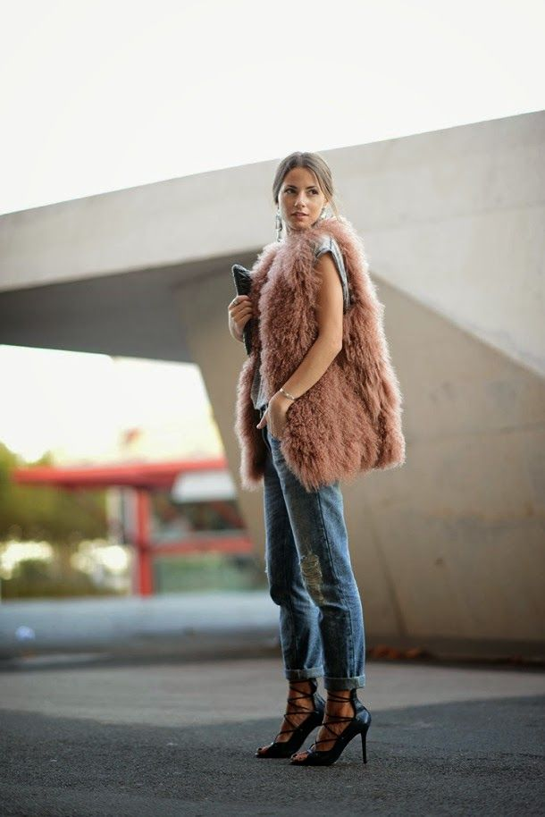 HOW TO WEAR A FUR VEST ? 12 OUTFITS IDEAS #howtochic #ootd #outfit