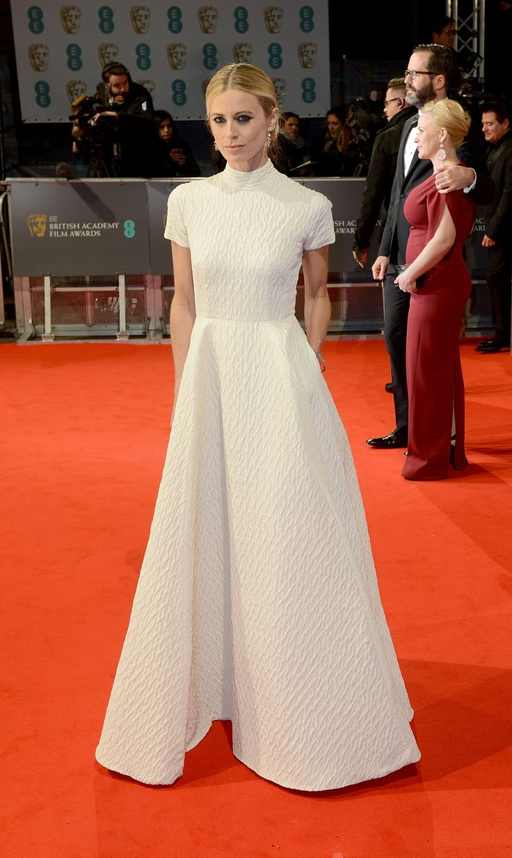 BAFTAs 2015 red carpet | Laura Bailey