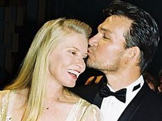 Patrick Swayze & Wife Dancing At World Music Awards 1994 - YouTube