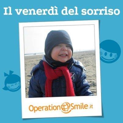 Questo venerdì vi dedichiamo il sorriso di Matteo! Dolcissimo! Forza, inviate le vostre foto a giornatasorriso@operationsmile.it Noi aspettiamo i vostri sorrisi e presto potrebbe toccare a voi! :)