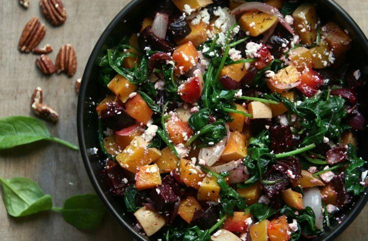 KAROLA'S KITCHEN * BALSAMICOBIETJES, POMPOEN EN SPINAZIE UIT DE OVEN - oven roasted butternut squash, beet roots in balsamic vinigar, spinach, feta and pecans