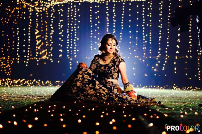 Bridal Wear - The Charming Bride! Photos, Punjabi Culture, Beige Color, Decoration, Bridal Makeup, Gold Jewellery pictures, images, Vendor Credits - WeddingPlz