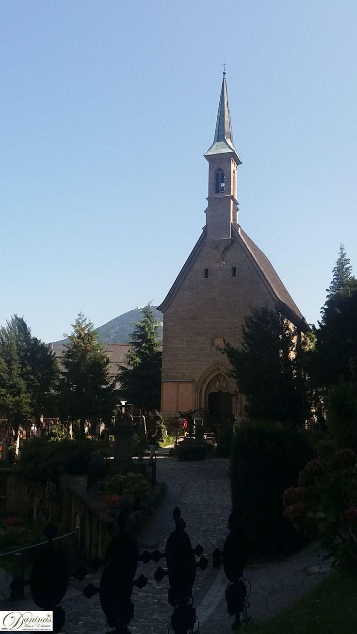 Salzburg - Der Friedhof St. Peter hat 7 Kapellen, im Bild Margarethenkapelle. Die Gertrauden- & Maximuskapelle der Katakomben sind wahrscheinlich schon 1.700 Jahre alt