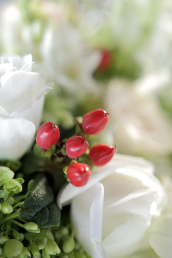 Flower centerpiece with Red Hypricum accent a by Tirtha Bridal Uluwatu Bali