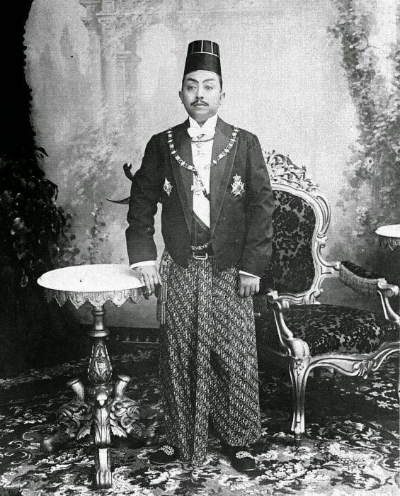 Pakubuwono X