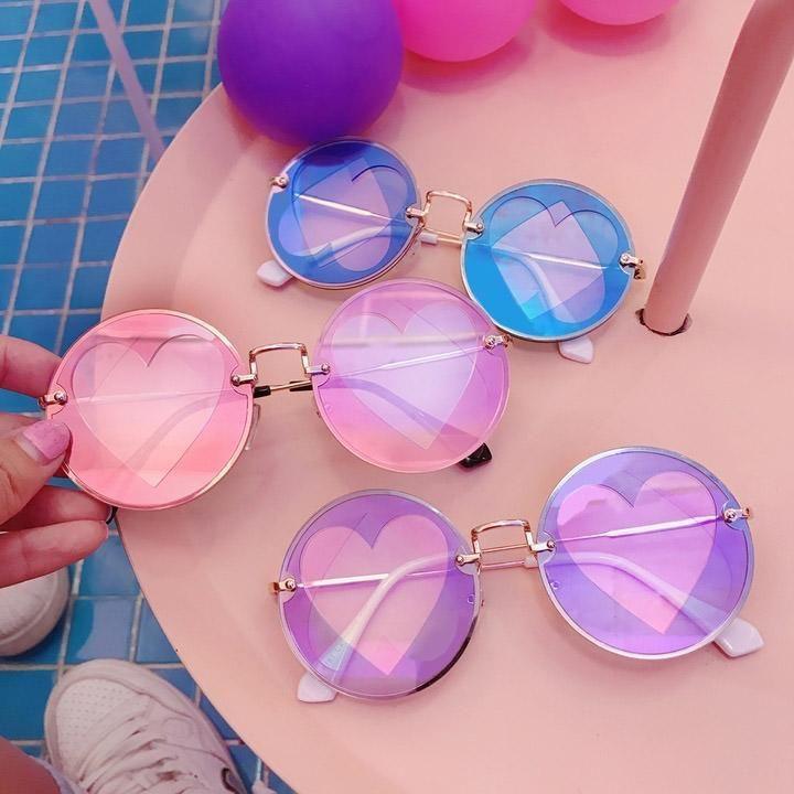 Double Heart Sunglasses buy boogzel apparel