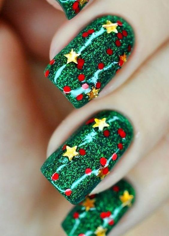 60+ Nail Art For Christmas Ideas