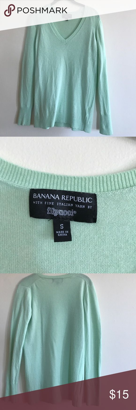 Banana republic filpucci mint sweater S EUC worn just a few times and washed. Banana Republic Sweaters V-Necks