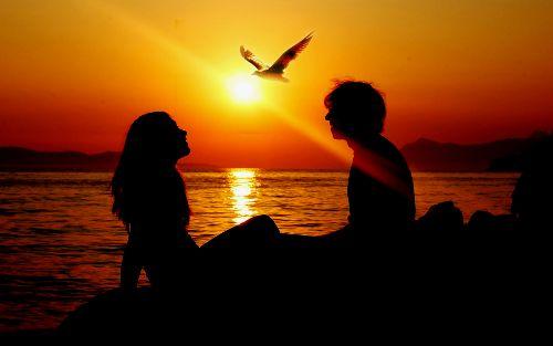 Tengerparti romantika, szerelem