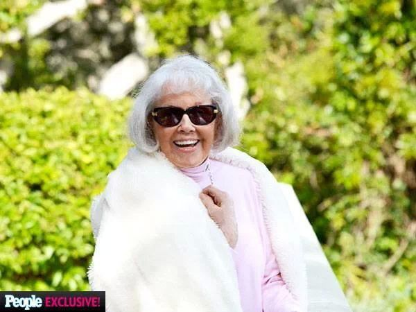 Miss Day at 90!/....aka Doris Day!! I thought she was already dead. I'm so sorry Miss Day.