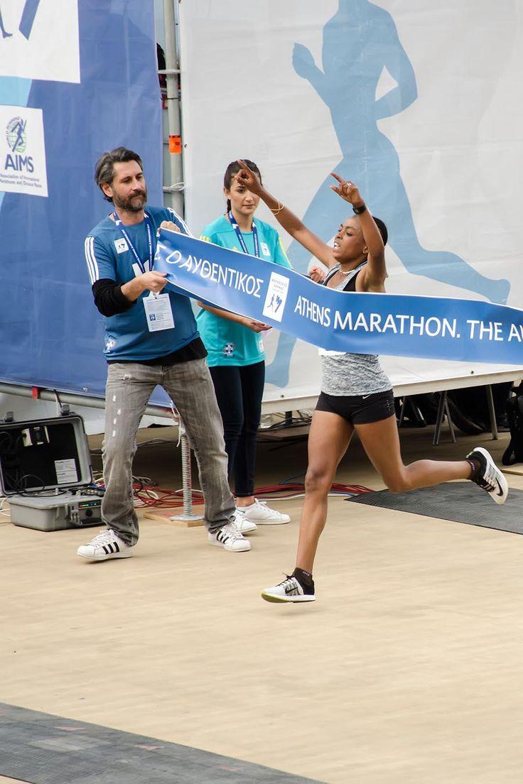Ethiopian Bedatu Hirpa Badane won the women gold metal with the time 2:34:18