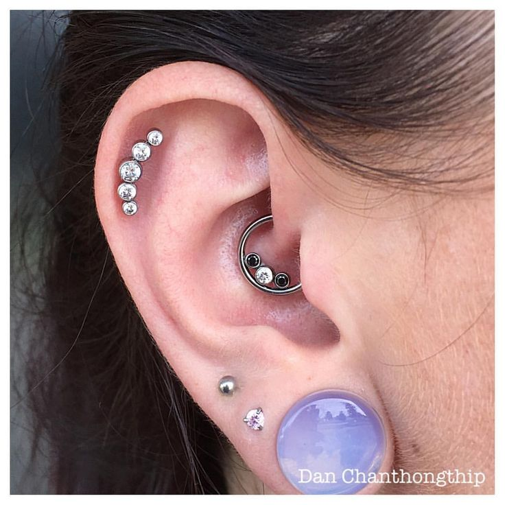 Healed Daith and Helix featuring Anatometal gemmed seam ring and gem cluster…