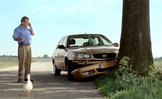 """Best Dutch radio commercial 2011: """"Bom in eend""""."""