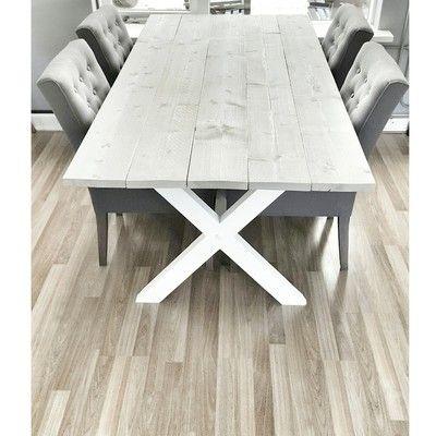 Binnenkijken bij joyce_wiggers - Deze tafel hebben we zelf gemaakt. Zo blij mee!!