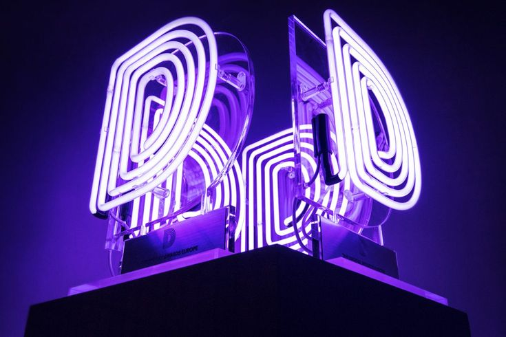 DIGIDAY AWARDS - Kemp London - Bespoke neon signs, prop hire, large format printing
