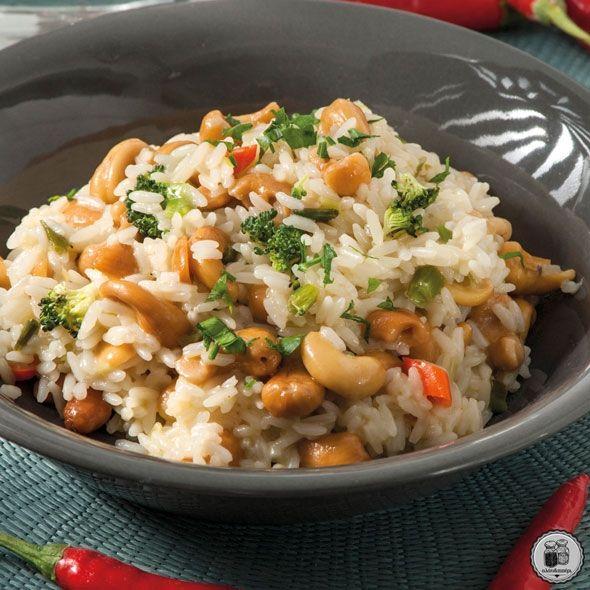 Ρύζι με κάσιους, μπρόκολο & τσίλι