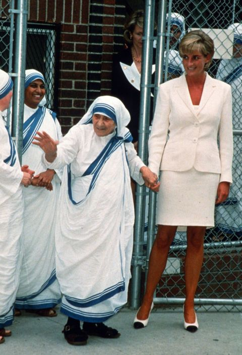 une 18, 1997  Princess Diana  At what would be their last meeting, Diana and Mother Teresa walked hand-in-hand through the streets of the Bronx in New York. Reports at the time said Mother Teresa, who was in seriously poor health, blessed the Princess during her 40-minute visit, which followed Diana's meeting at the White House with Hillary Clinton. On September 5th of the same year, Mother Teresa passed away at the age of 87 in Kolkata, India.