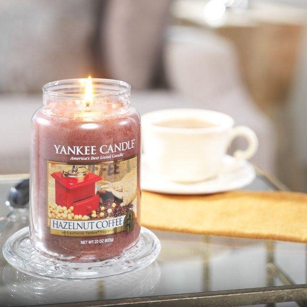 Härlig blandning av java, makadamianötter, vanilj och kakaobönor. #YankeeCandle #HazelnutCoffe