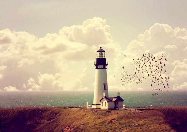 «Независимо от того, смогли вы чего—то достичь или нет, вам необходимо помнить о главном. Не оглядывайтесь назад, на то, что сделали. Самое важное, что вам предстоит увидеть — впереди, смотрите на это с оптимизмом», — так пишет Стивен Кови в своей книге «Быть, а не казаться». Постулаты успеха и процветания