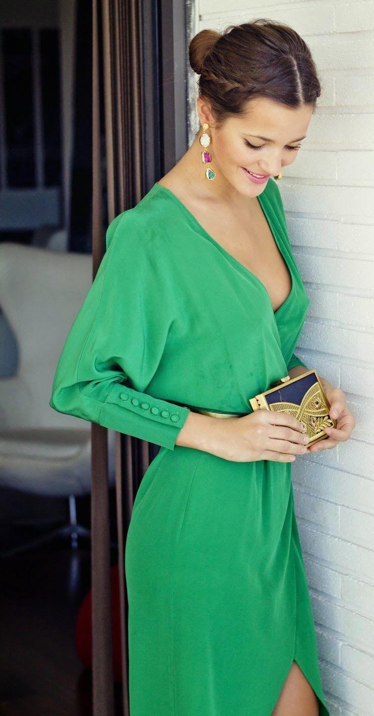 Vestido verde manga larga boda
