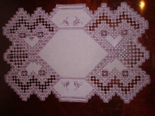 A free hardanger pattern for a bookmark