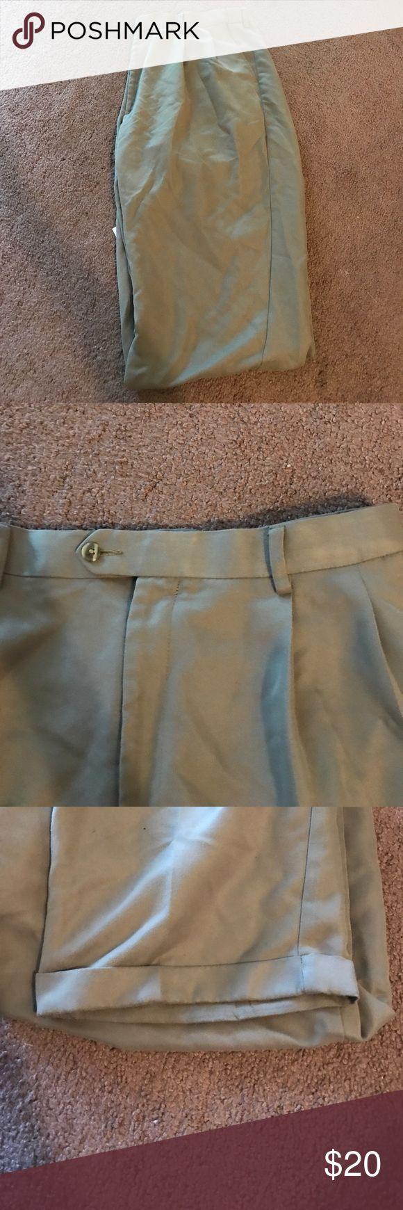 Tan Dress Pants **NEW ITEM** men's tan dress pants! 40x32 Savane Pants Dress