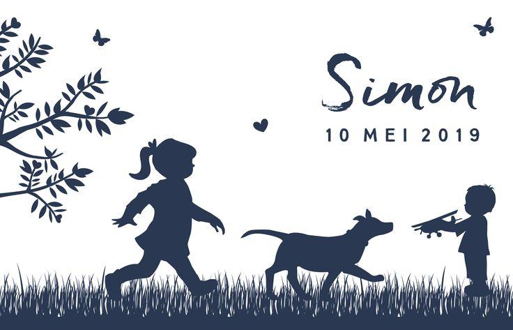 Hip en lief kaartje met silhouet van jullie gezin. Een stoere broer, grote zus en lieve hond.