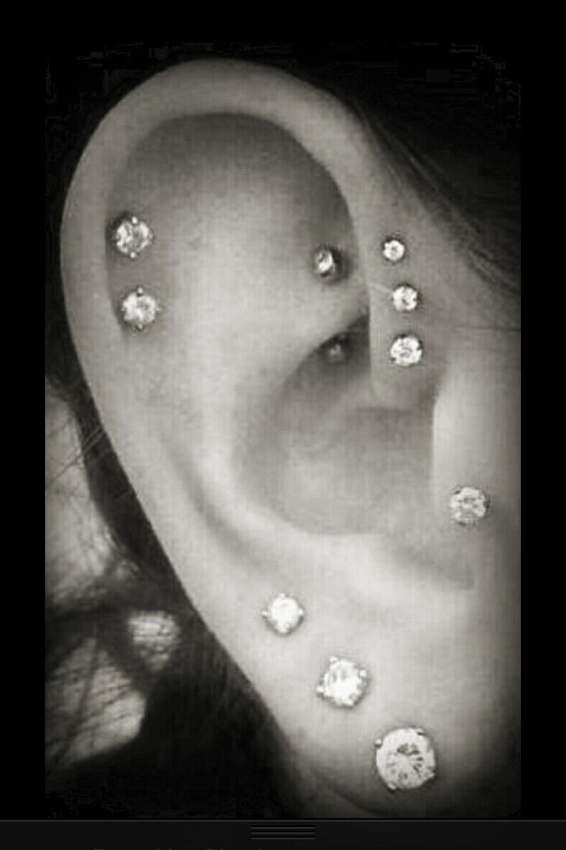 Pretty ear piercings i'm halfway here i want them all except the tragus