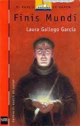 """""""Finis Mundi"""" de Laura Gallego. Cuenta la historia de Michel, un joven monje que descubre en su monasterio unos pergaminos que profetizan la llegada del fin del mundo para el año 1000. Estamos en el año 997 y la única manera de evitar la catástrofe es reunir 3 amuletos: los tres Ejes del Tiempo, repartidos por toda Europa. No va a ser sencillo: la Cofradía de los Tres Ojos también quiere encontrar los Ejes del Tiempo a toda costa."""