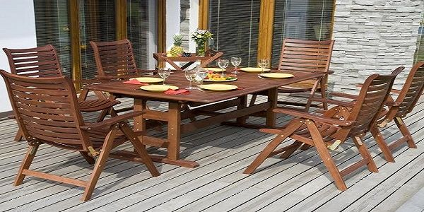 Awesome Garden and Terrace Design with Teak Table