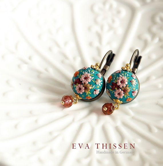 SAKURA. Chic and simple handmade earrings. Made to by EvaThissen