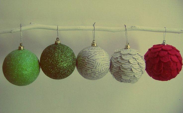 Ya se acerca la navidad y nos preguntamos cómo vamos a decorar nuestro árbol de Navidad es este vídeo encontraras 3 formas distintas de como decorar tus bolas d
