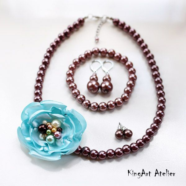 Flower decorated necklace set by KingArt Atelier