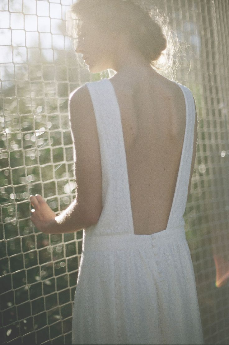 Par un baiser | Donatelle Godart – Création de Robes de mariée sur mesure