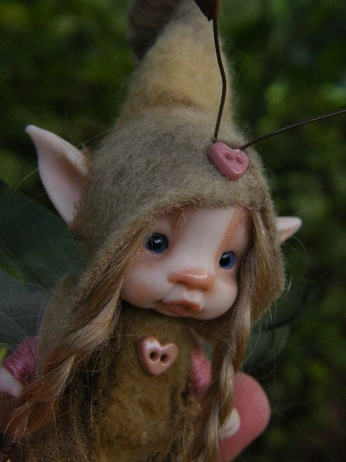 sweet tiny fairie fairy bug ooak polymer by throughthemagicdoor