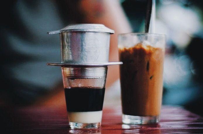 Vietnamese coffee with milk - Cà phê sữa đá/Bạc xỉu
