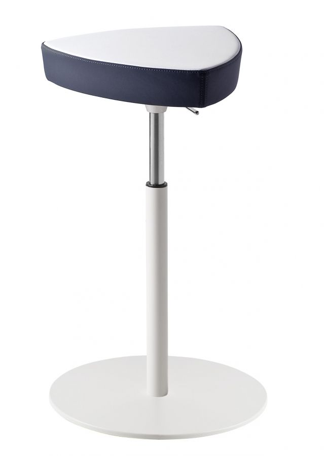 Kensho Kastel  Modernes Design, bunt, ein Hingucker! Der Barhocker Kensho ist der Einrichtungsgegenstand der ein Ambiente charakterisiert und einzigartig macht.  http://www.storeswiss.com/de/prod/kategorie-stuhle/hocker/kensho-kastel.html