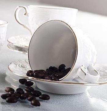 Set ceai/cafea din portelan, 13 piese - Rose clasic - PRODUSE PENTRU MASA - Vesela Portelan