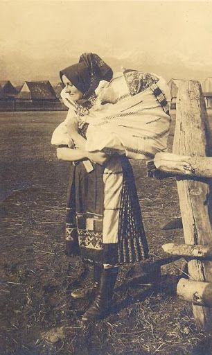 Slovakia in the 19th and 20th century - Most of pictures illustrate rural Slovakia and its peasants who are bearers of Slovak folk culture which is basically pagan, thus interesting for Slavdom as such. Važec