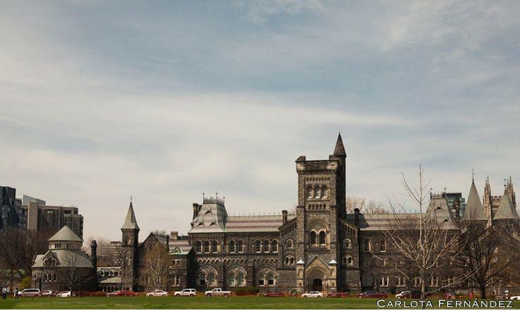 "myfriendGoo on Twitter: ""#architecture #photography #contrast #victorian #hitec2016 #QueensPark #university Of #Toronto #Dundas #Yonge #St  https://t.co/XsSVePcJOZ"""