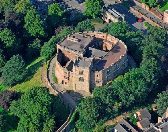 Tamworth Castle! Such a cute town.