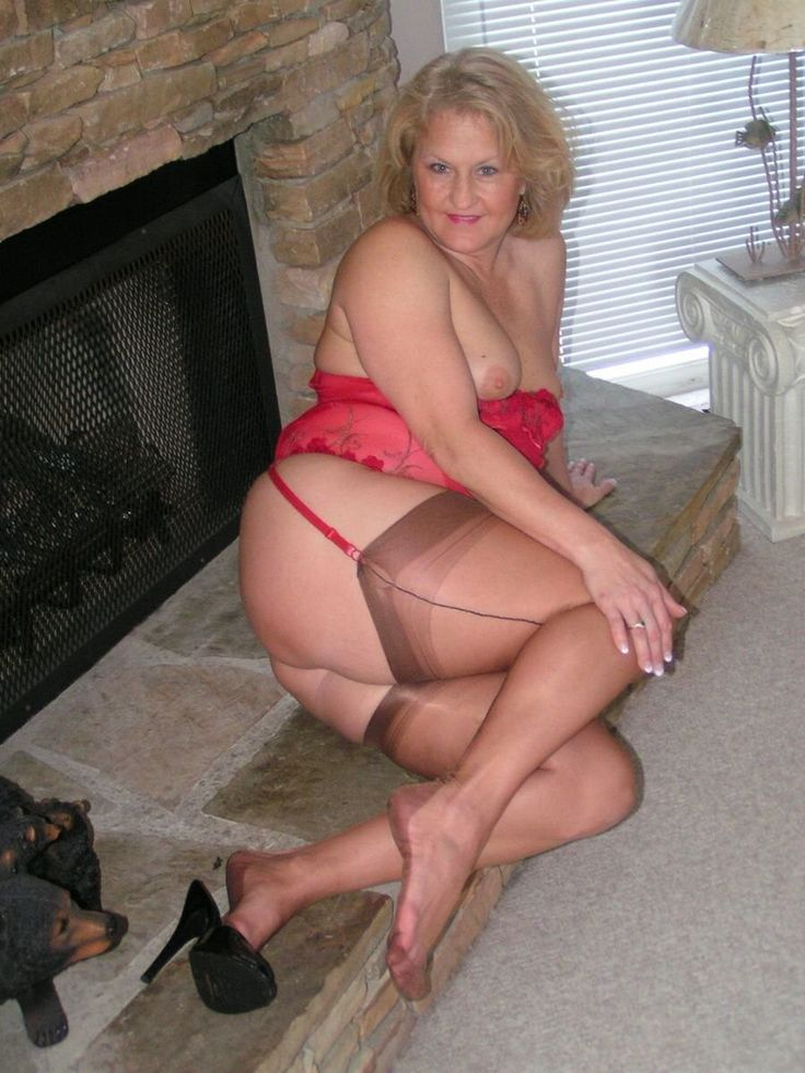 Milf in very short skirt