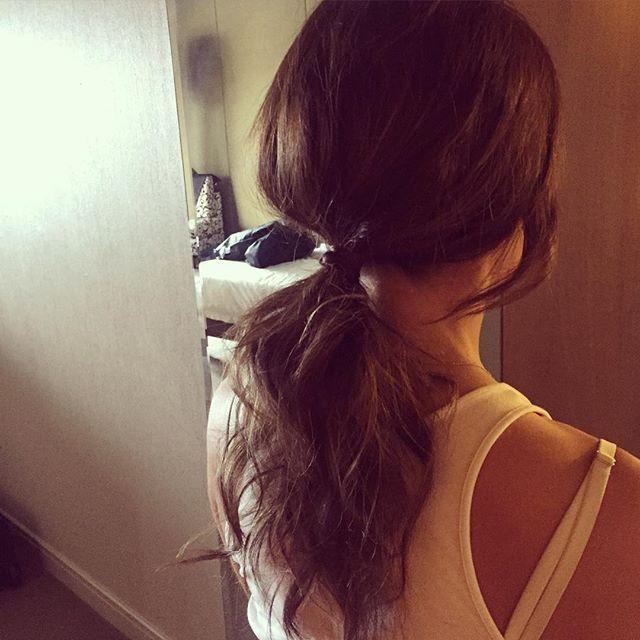 Textured tails for tonight's #V8SC night.. #pony #hair #makeup #goodtimes #lovemyjob #ponytail #effortlesshair #livedinhair #galaawards