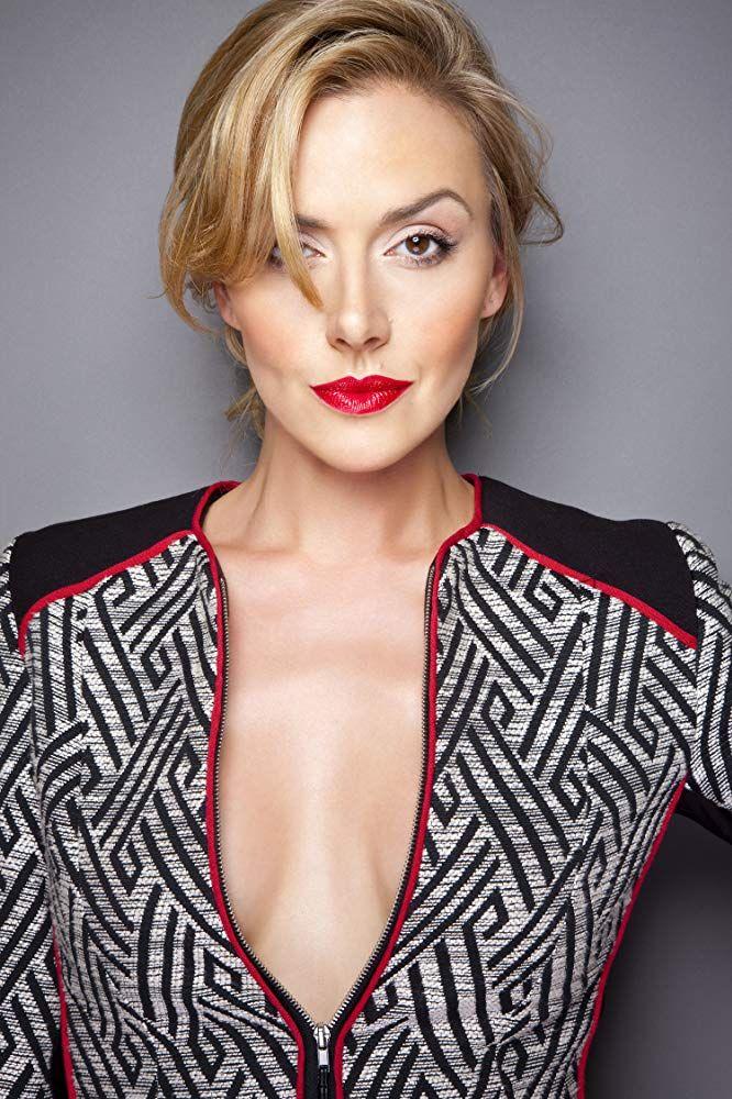 Allison McAtee | Woman crush, Allison, Beauty