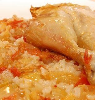 ΘΡΑΚΙΩΤΙΚΕΣΣΥΝΤΑΓΕΣ    ΚΟΤΟΠΟΥΛΟ ΜΕ ΤΟΥΡΣΙ   ΥΛΙΚΑ 1 κοτόπουλο κομμένο σε μερίδες 500 γρι τουρσί λάχανο 2 φλιτζάνια ρύζι Καρολίνα 1 κουτα...
